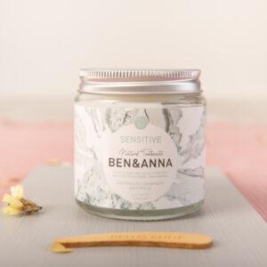 Dentífrico en crema Sensitive Whitens Ben y anna