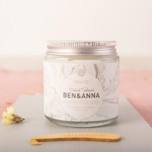 Dentífrico en crema Whitens y Sensitive White Ben y anna