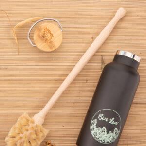 Cepillo limpia termos y botellas en madera